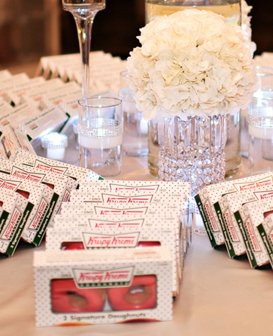 Donuts at weddings | Kristen Weaver Photography | blog.theknot.com